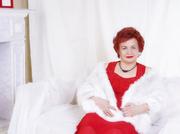 white granny with auburn