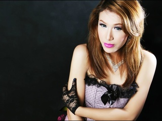 asian transgender callmecaramel striptease