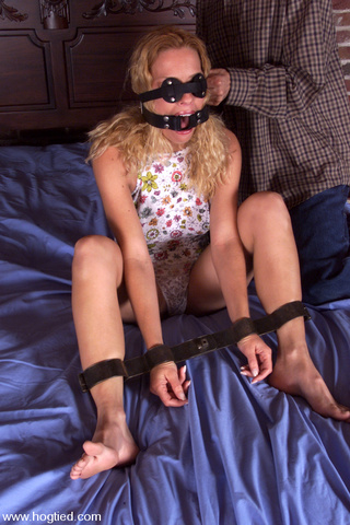 hairy pussy blonde slave