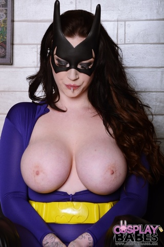 tights ankles batgirl exposes