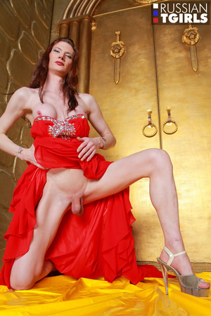 Beauty in long red dress jerks off her hard prick - XXXonXXX - Pic 3