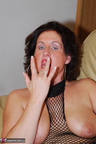 brunette mom big boobs