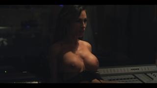 boobs, brunette, celebrity