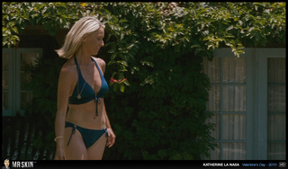 big-tit blonde shows her