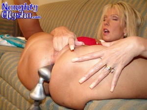 Busty blonde tanned milf wearing sexy re - XXX Dessert - Picture 15