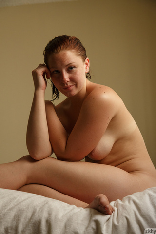 nude-thick-chick