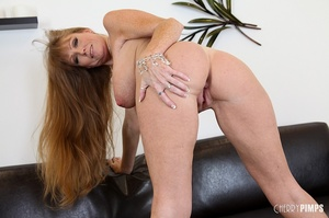 Big titted milf with brown hair fucks he - XXX Dessert - Picture 8