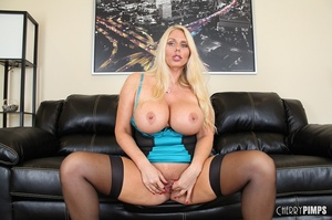 Drop-dead blonde cougar is teasing with  - XXX Dessert - Picture 7