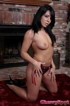 Brunette takes off her clothes and drill - XXX Dessert - Picture 7
