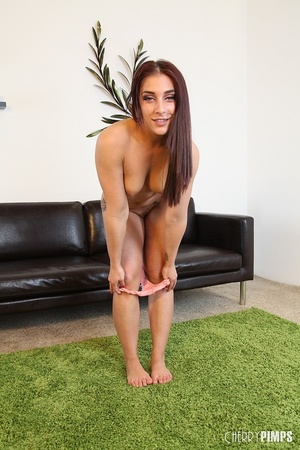 While masturbating, this sexy brunette v - XXX Dessert - Picture 7