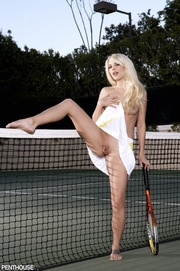 smoking hot tennis player