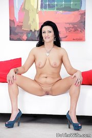 raven haired asaltacunas rides