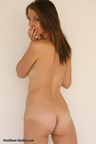 shaved pussy brunette small