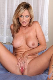 Pornstar Jodi west