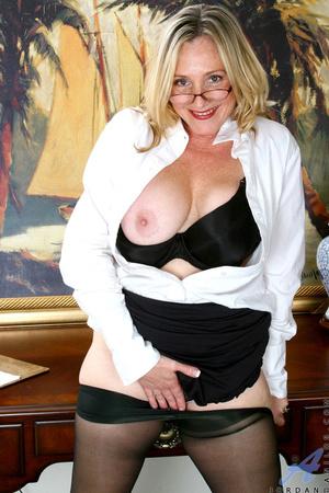Nerdy blonde mature slides her undies to - XXX Dessert - Picture 8