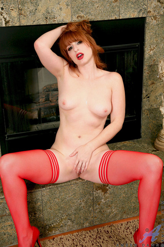 insanely hot babe red