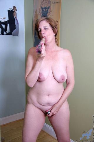 horny mom plays toys
