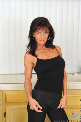 raven haired cougar oils