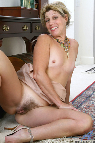 dirty blonde mature naked