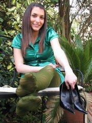 gorgeous babe pantyhose