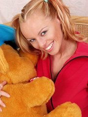 looking innocent her blonde