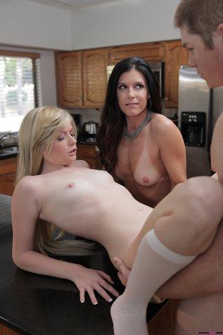 shaved lesbian kitchen sex