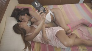 brunette latina teen lesbian