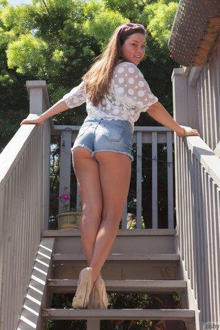 teen brunette shorts