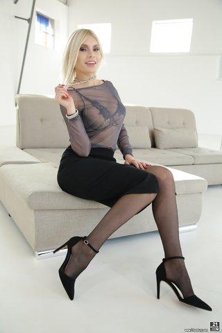 brunette stocking fucking