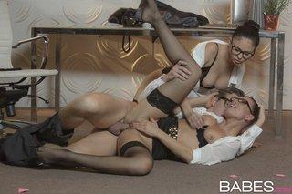 lesbian threesome stockings