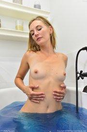 milf american tub