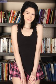 american brunette teen amateur