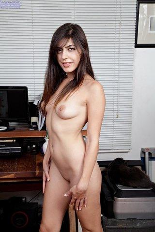 american amateur brunette