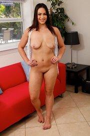 brunette amateur striptease