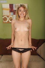 blonde amateur teen