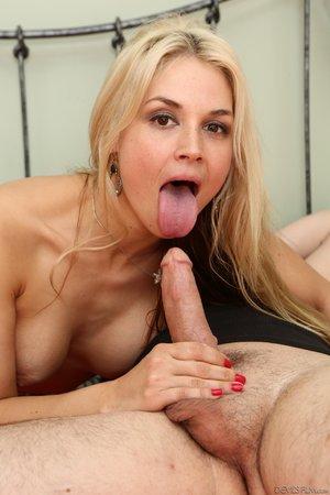 American blonde step mom - XXXonXXX - Pic 15