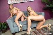 cherry lesbians licking pussy