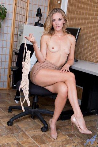 milf american boobs striptease