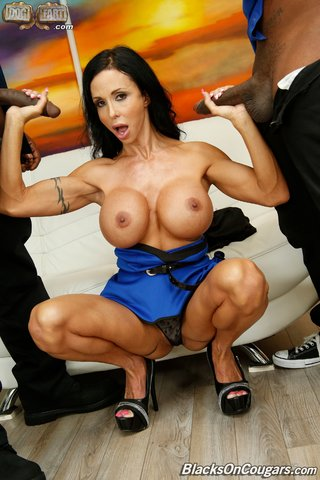 cougar american threesome