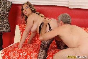 Horny mature mom big tits - XXX Dessert - Picture 4