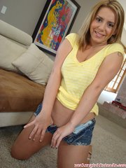 dirty blonde mom with