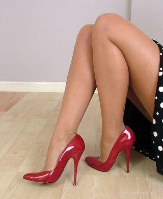 gorgeous legs feet