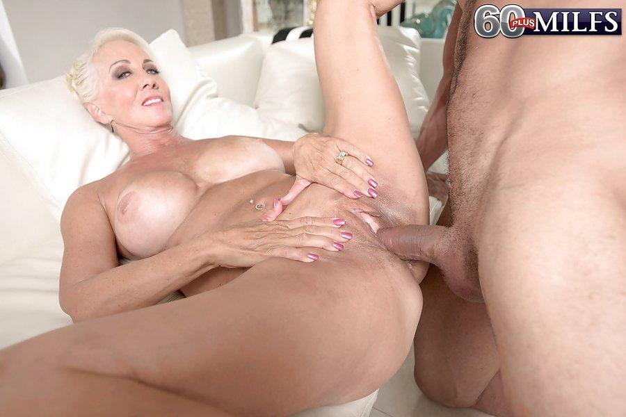 Beautiful blonde nude