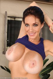 understand worlds sexiest moms nude think, that you
