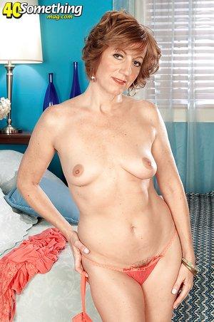 Nude Mature Irish Women Naked Photos